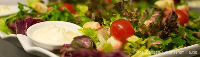 02_salat-mit-tomate.jpg